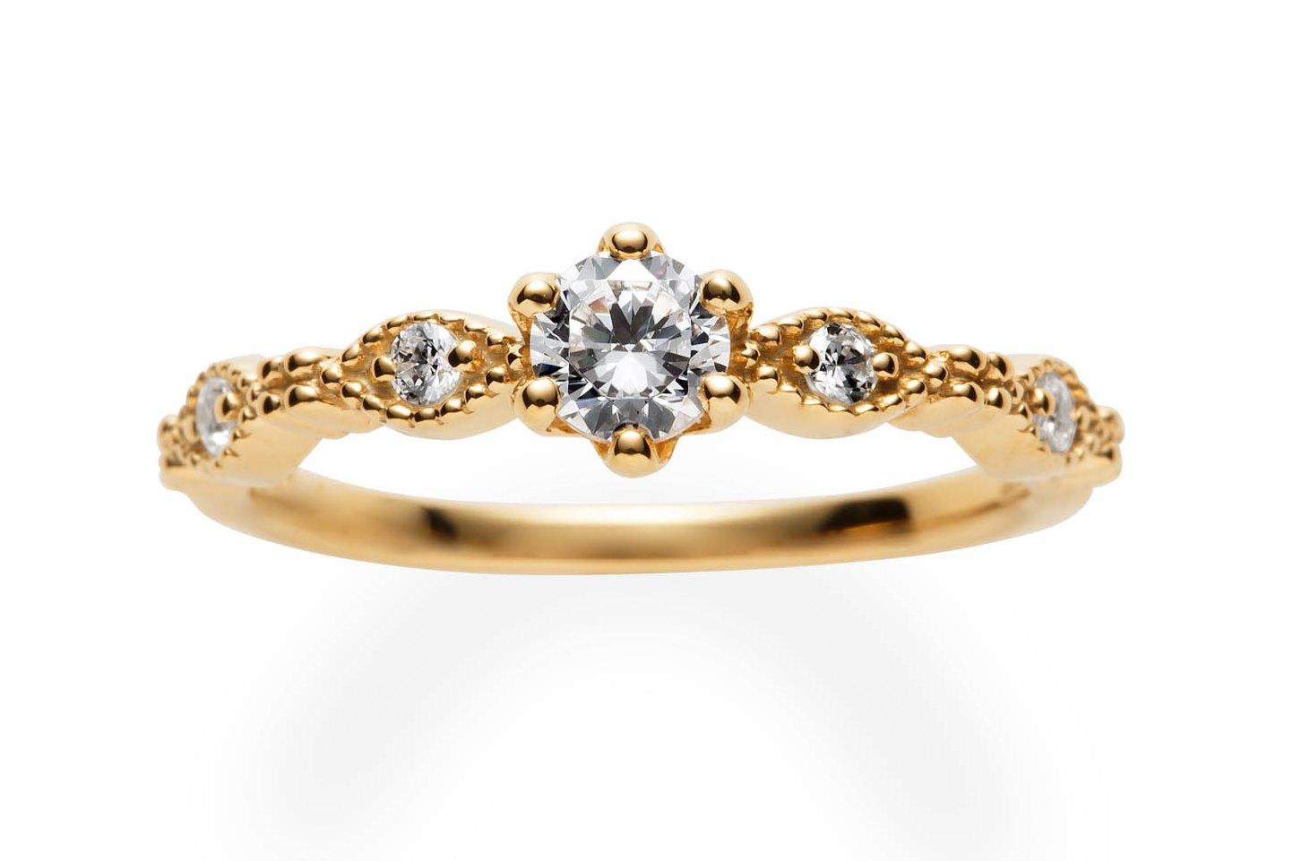 レーヌ婚約指輪